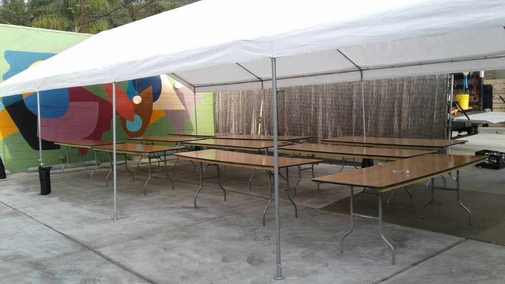 Event Tables and Canopies for rent Los Angeles - Big Blue Sky Party Rentals - www.bigblueskyparty.com