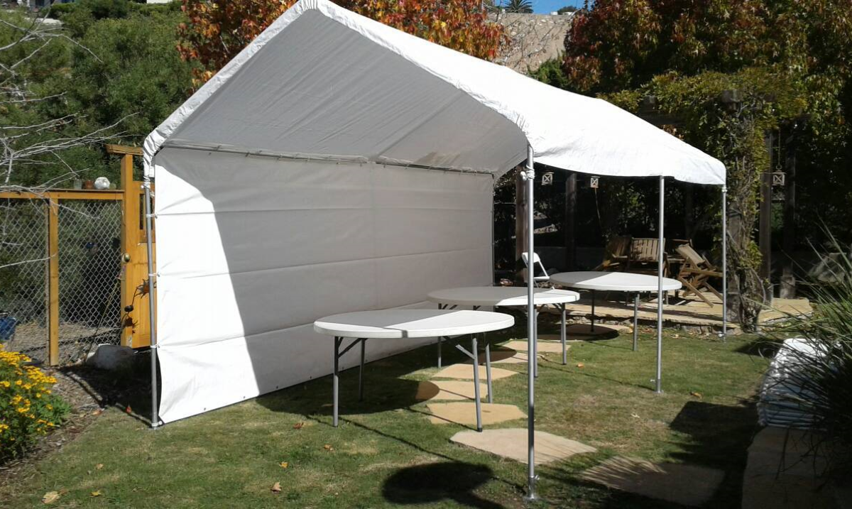 10' x 20' Party Canopy Rental & Round Table Rentals in Los Angeles, CA - Big Blue Sky Party Rentals - www.bigblueskyparty.com